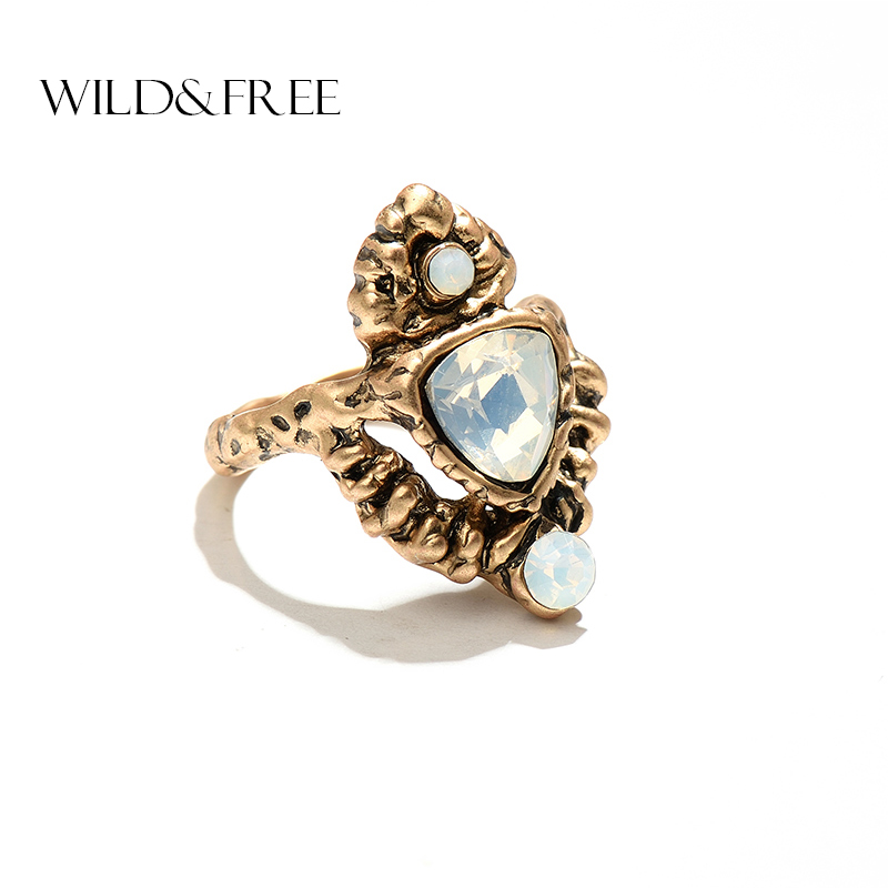 Vintage Triangle White Stone Rings For Women Retro Alloy Antique Gold & Silver Color Statement Finger Ring Jewelry Accessories