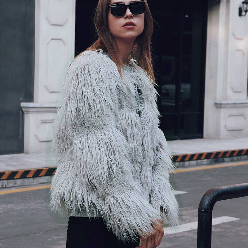 Abrigo corto de piel sintética de invierno para mujer, abrigo de piel de pavo real peludo y mullido para mujer
