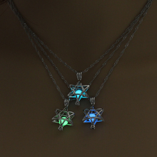 2019 Glowing Star Pendant Necklace for Women Cute Luminous Stone Christmas Gift Jewelry