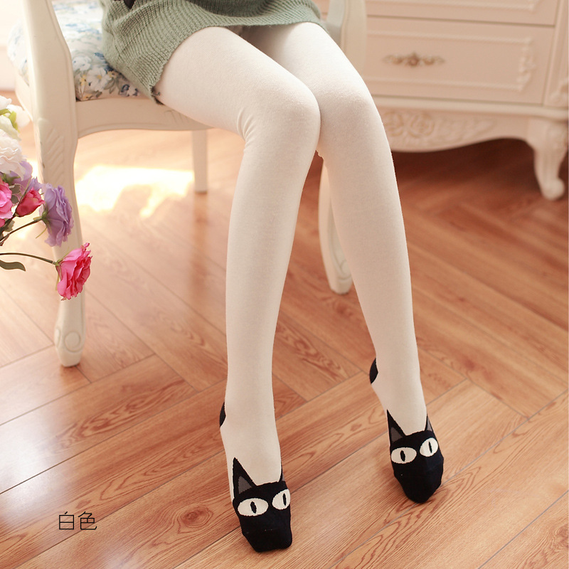 black-and-white-tights-for-girls