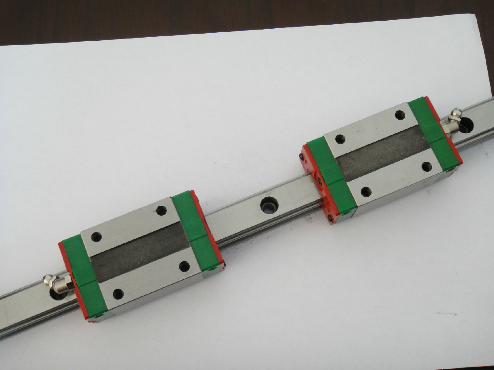 CNC HIWIN HGR25-2200MM Rail linear guide from taiwan free shipping to japan cnc hiwin 4 stes egh20ca 1r2380 zoc dd block rail set rail linear guide from taiwan