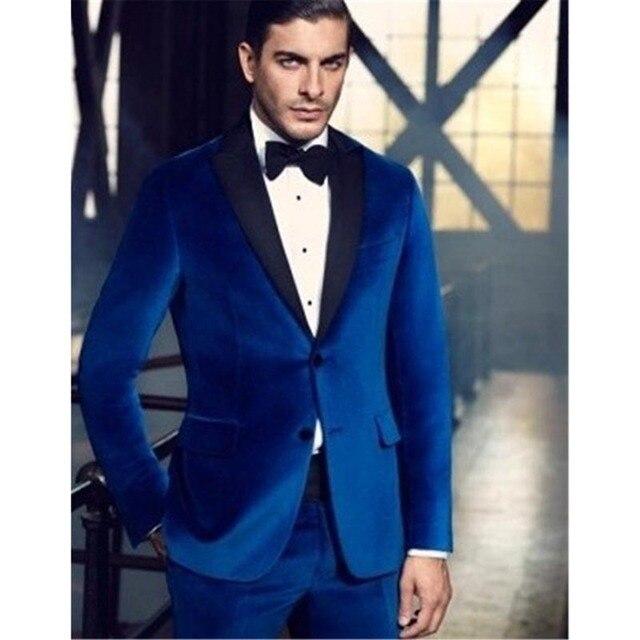 ccd1b0e6db6b8 Alta calidad azul real terciopelo hombres traje novio chaqueta terno  masculino 2018 Mens vestido de fiesta