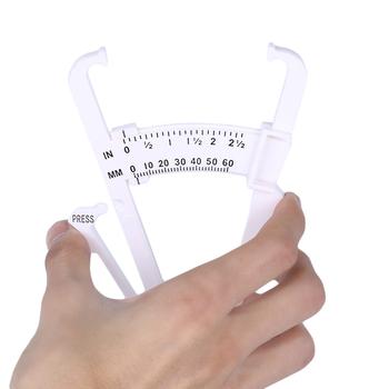 1 PC Fitness tkanki tłuszczowej Tester budowy ciała kalkulator zacisk klip ciała tłuszczu narzędzie pomiarowe lipidów Slim fałd skóry tłuszczu monitory tanie i dobre opinie GYMFORWARD JS-QC172 fat loss tester Appr 16 5cm x 10 2cm x 0 5cm (L*W*H) High Quality ABS 0~60mm Body Fat Monitors 1 * Body Fat Loss Tester
