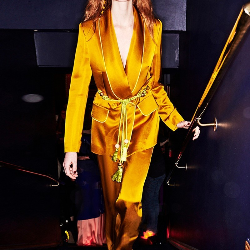 Kadın Giyim'ten Kadın Setleri'de TWOTWINSTYLE Lace Up kadın Takım Elbise Uzun Kollu Blazer Mont Yüksek Bel Geniş Bacak Pantolon Iki Parçalı Setleri 2019 Sonbahar moda Stil'da  Grup 2