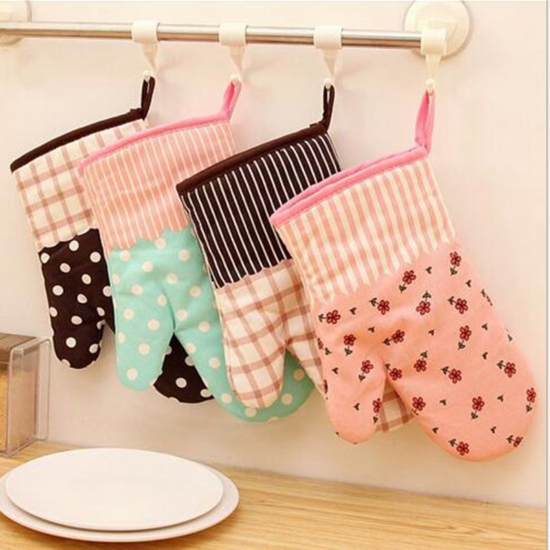 1Pcs Cute Kitchen Cooking Microwave Oven Mitt Insulated Non-slip Glove Thickening High Temperature Oven Glove Free Shipping B23