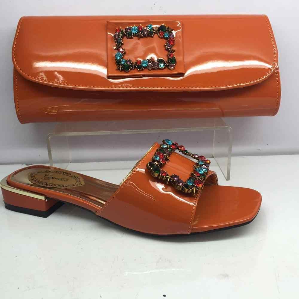 En moda kırmızı ayakkabılar çanta ile son terlik ve çanta seti ile taşlar GY32 topuk yüksekliği 3cm