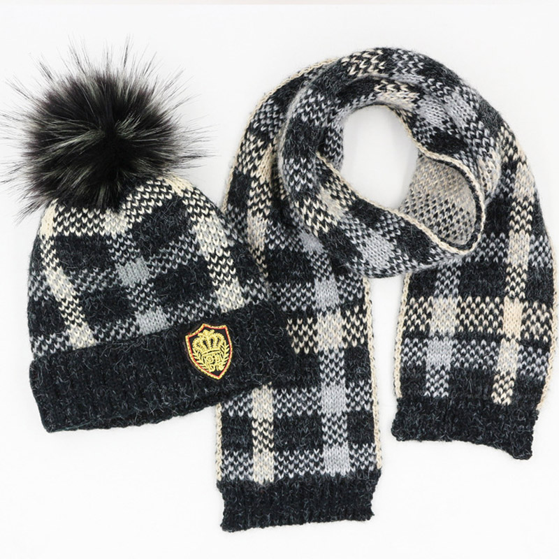 2018 Pompoms Plaid Baby Winter Hat & Scarf Baby Plus Thick Velvet Cap Children Warm Scarf For Boys Suit Beanie Hats Scarfs