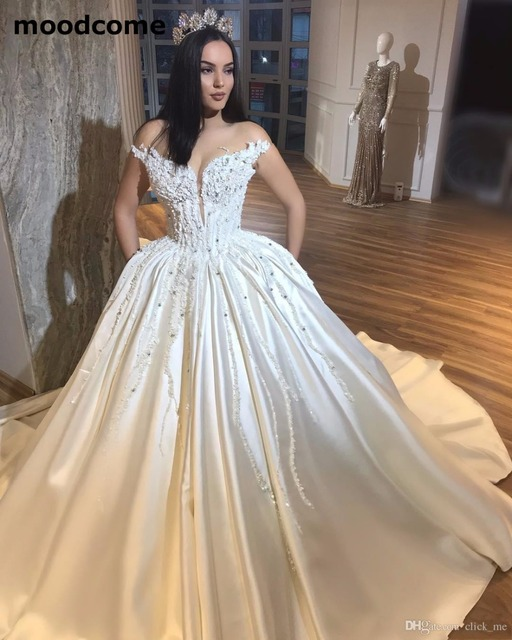Gorgeous Sweetheart Wedding Dresses Appliques Beads Plunging ...
