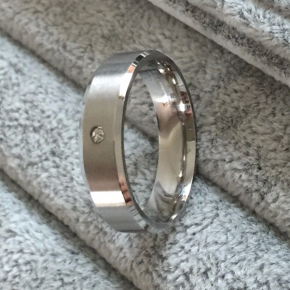 High quality USA size 6-14 polished 6mm thick Titanium steel Woman and Man's wedding Rings Couple Ring image