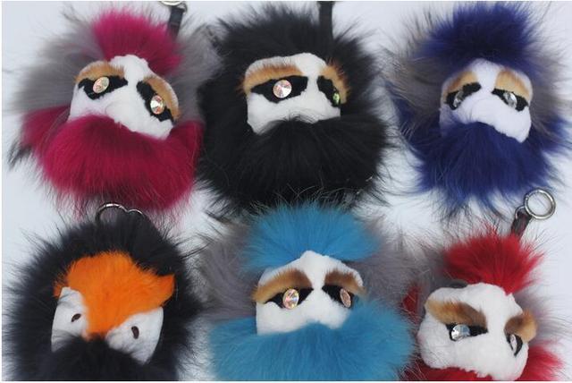 Retail 1 UNIDS 17 estilo Real Fur Monster Pom Pom Muñeca Bola llavero llavero Bolsa de Accesorios del Encanto Del coche