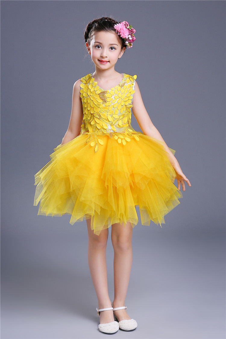 Fashion Girl Summer Kids Sequined Sleeveless Red Yellow Floral Applique Short Balloon Gown Girls Dress Up Costume for Children floral applique fringe hem asymmetrical hijab dress
