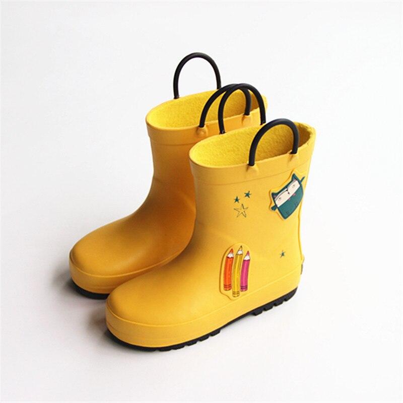Doux caoutchouc dessin animé enfants chaussures de pluie garçons filles eau jaune crayons bébé mignon dessin animé Style 3-14Y imperméable randonnée unisexe