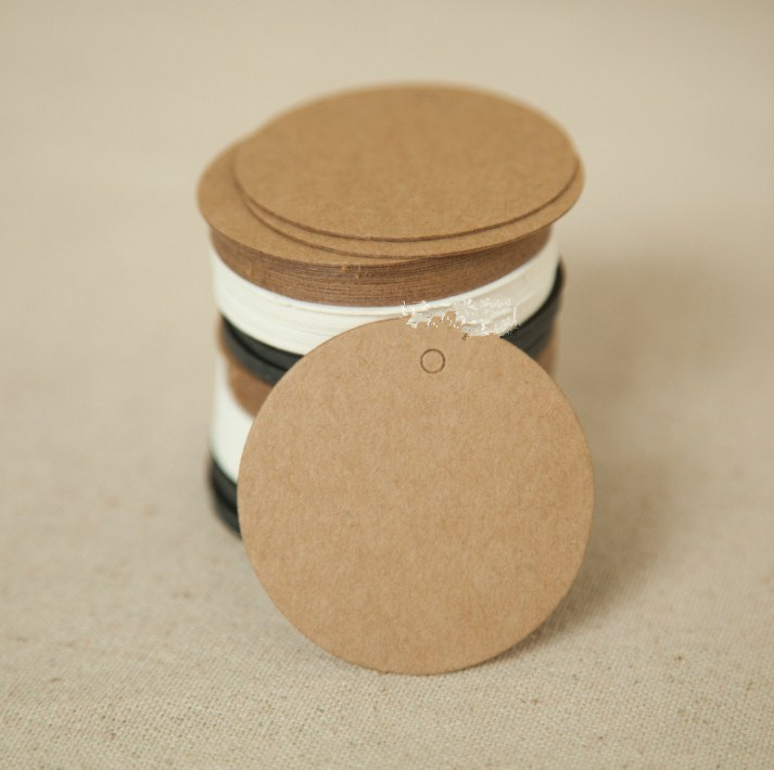 50pcs/Lot 5*5cm Kraft Paper Blank Circle Round Packaging Hang Tags Wedding/Birthday Party Candy Boxes Price Tags Labels
