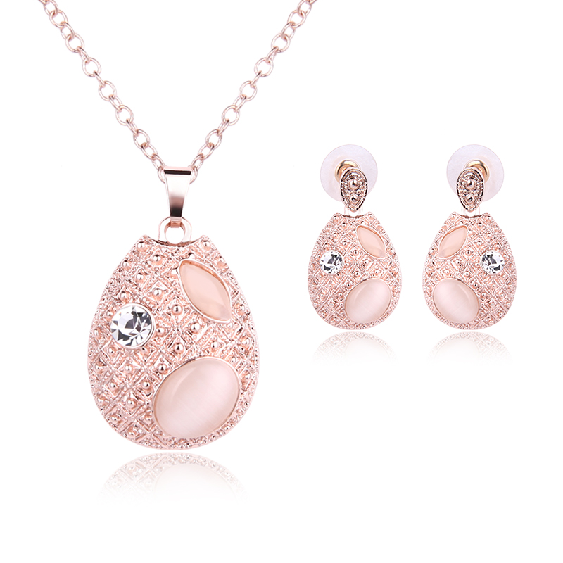 Pink Round Crystal Pendant Necklace 2 Piece Set Jewelry Necklace Earrings Bridal Rose Gold Chain Gifts