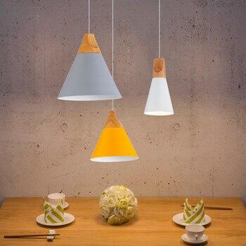 Luces colgantes de comedor modernas para dormitorio interior lámparas colgantes coloridas para restaurante iluminación de café hierro + Base de madera maciza E27
