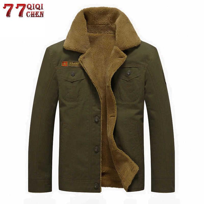 QIQICHEN hombres invierno militar bombardero chaquetas más tamaño M-6XL grueso polar ejército Chaqueta táctica hombres Cuello de piel Chaqueta Hombre
