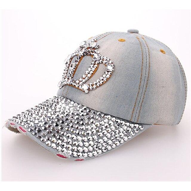 Novas Mulheres Denim Lavado Boné de Beisebol Coroa De Strass Moda Jeans  Simulação Diamante Cruz Snapback eedf16bf455