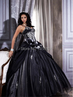 Medieval Black White Bridal Gowns Colorful Two Tones Ball Gown Corset V Neck Taffeta Gothic Wedding