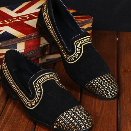 2016 New Fashion Men Loafers Embroidery National Style Drilling Creepers Men Red Bottom Dress Flats Black Leather Moccasins2016 New Fashion Men Loafers Embroidery National Style Drilling Creepers Men Red Bottom Dress Flats Black Leather Moccasins