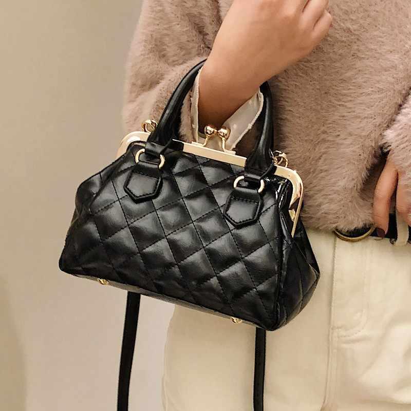 f23d029ad6d1 2019 новые роскошные женские вместительные сумки с вышивкой и резьбой,  универсальная сумка через плечо,