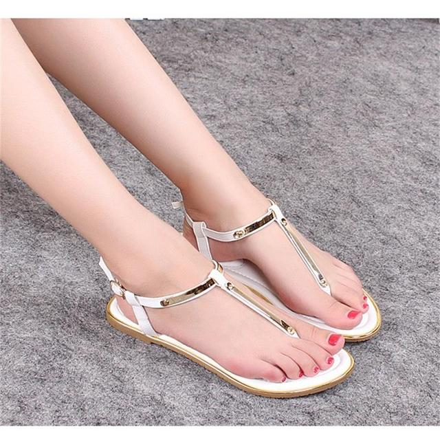 a4b2b90a6087a3 2018 Summer Women Sandals New Fashion Ladies Classic Flat Sandals Bling  Casual Beach Roman Shoes Wild Women Shoes DST1007