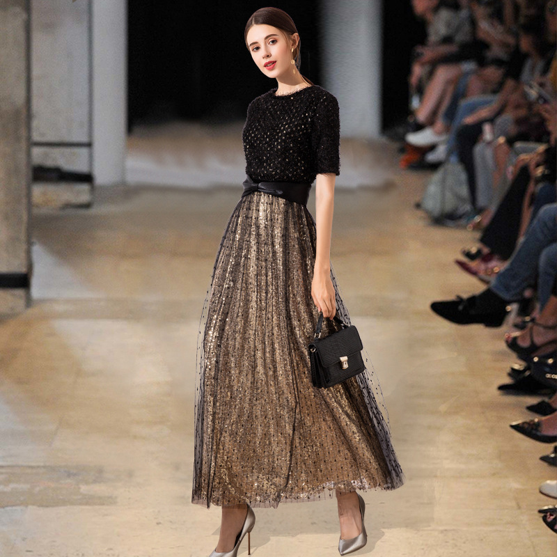 Robe noire 2019 nouveau cadeau adulte 18 ans atmosphère digne banquet élégante robe coréenne était mince