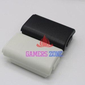 Image 2 - 10 Uds AA batería carcasa trasera protectora funda, piezas de soporte para Xbox 360 Wireless Controller W/ Sticker negro blanco cada uno 5 uds