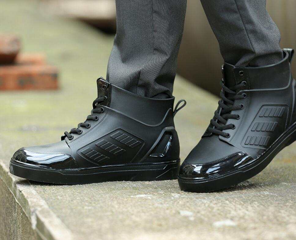 Soleggiato Everest uomini rainboots acqua scarpe lace up scarpe stivali Da  Pioggia stivali maschio tacco piatto 50e9510bea1