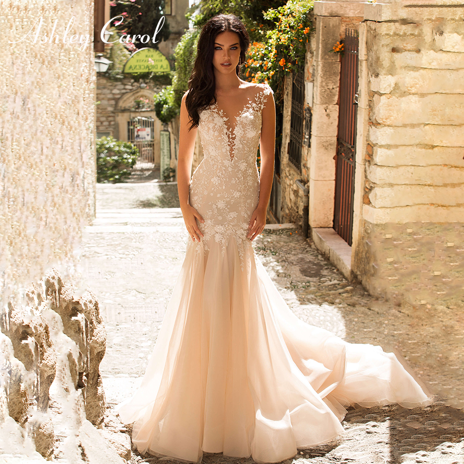 Ashley Carol Sexy Deep V-neckline Romantic Mermaid Wedding Dress 2019 Tulle Court Train Bride Dress Backless Wedding Gowns