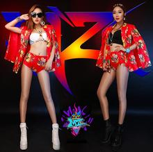 Singer Women DJ photography Europe the atmosphere right Zhilong GD Cape type suit, flowers fashion costumes B064