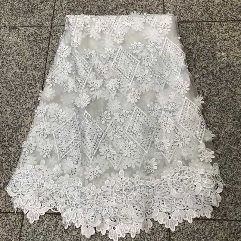 White Color High Quality African Lace Fabric 2018 French 3D Appliqued Net Lace Fabric Embroidered Tulle