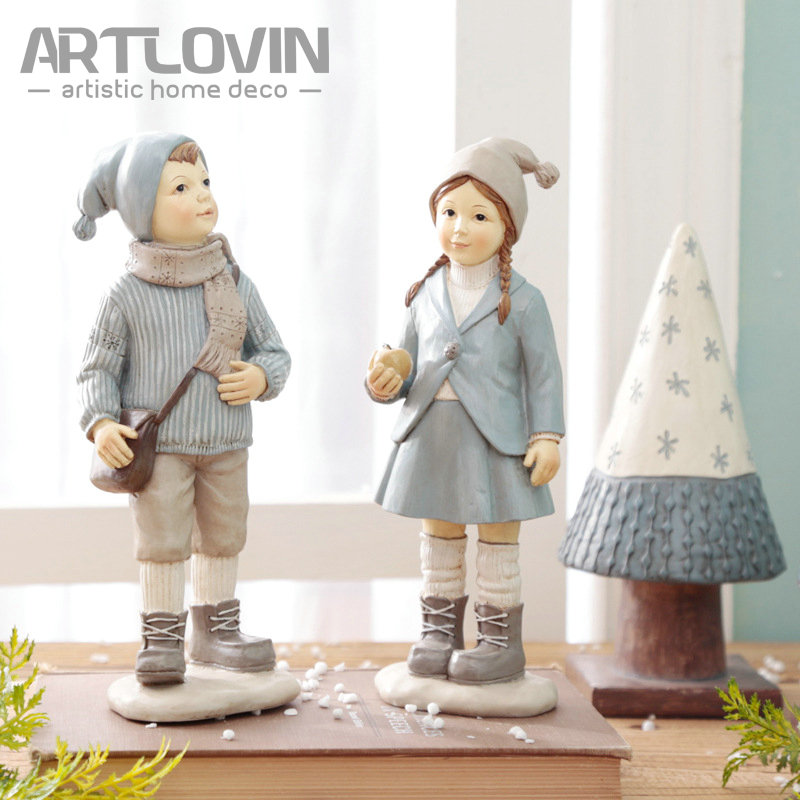 New Resin Crafts European Boy and Girl Xmas Trees Figurines Home Tabletop Shelf Miniature Decoration Figure Statues Ornaments