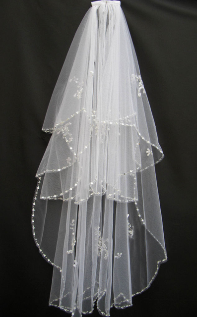 2014 Free Shipping Short Wedding Veils 2 Tiers White Ivory Beaded Edge Appliques Sequins Bridal Veils Wedding Accessories V1