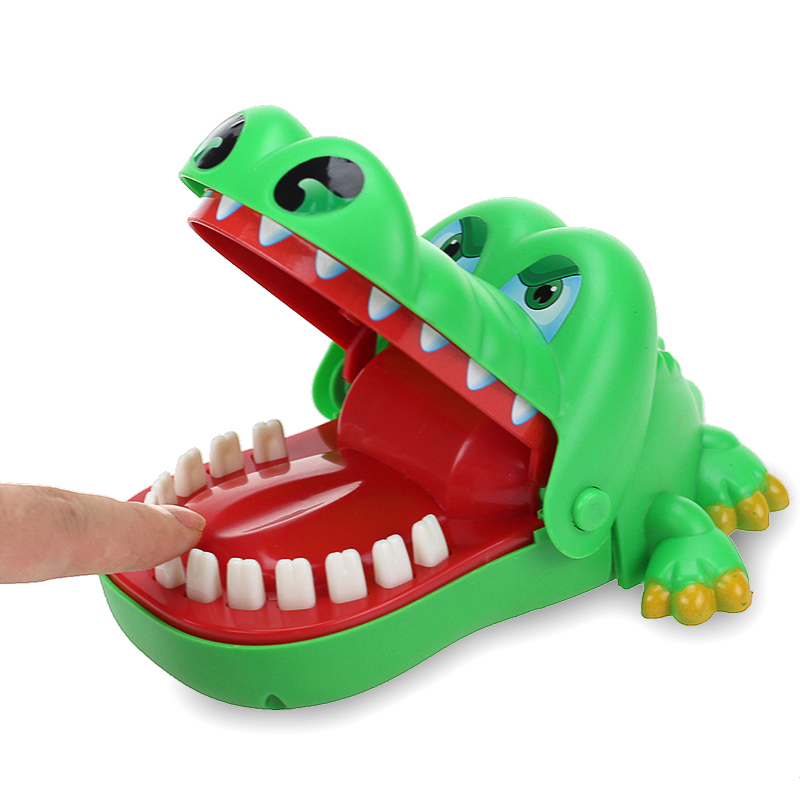 Creative Practical Jokes Mouth Tooth Alligator Hand Children's Toys Family Games Classic Biting Hand Crocodile Game