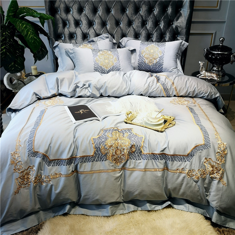 New Luxury Gray 80S Egyptian Cotton Gold Royal Embroidery Palace Bedding Set Duvet Cover Bed sheet Bed Linen Pillowcases 4pcs