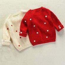 c78e528c07c2 Bebé niña Navidad niñas suéter blanco rojo corazón patrón ropa de punto  para niño niña otoño algodón cálido invierno suéteres