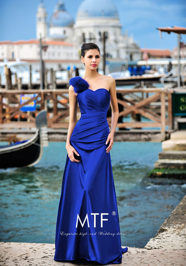 robe de soiree Elegant Formal sleeveless royal blue long party prom gown 2018 a-line one shoulder feathers Bridesmaid Dresses
