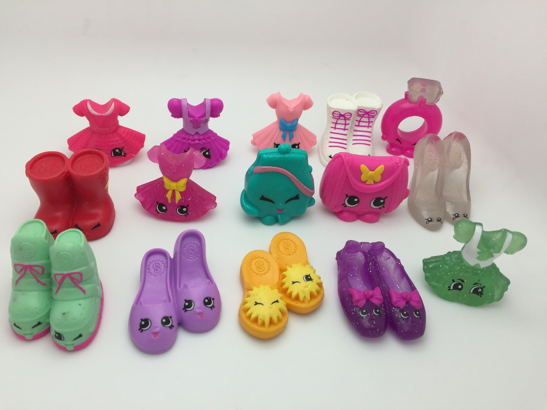 Original Cute Fruit Basket Shoes Dress Ring Bags Figure Toy Girl