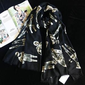 Image 2 - Sciarpa di Cachemire puro Delle Donne di Marca di Lusso Del Progettista Astronauta Sciarpe Bandane Scialli Avvolge Autunno Inverno Caldo Femme Foulard 110*200