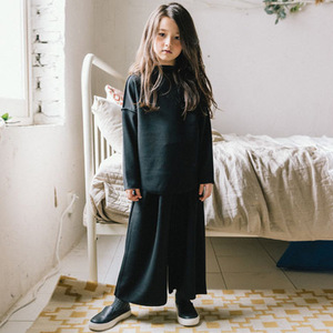 Image 5 - fleece cotton teenage girls clothing sets kids 2018 autumn winter clothes suits girl 2 pcs loose hoodies & wide leg pants suits