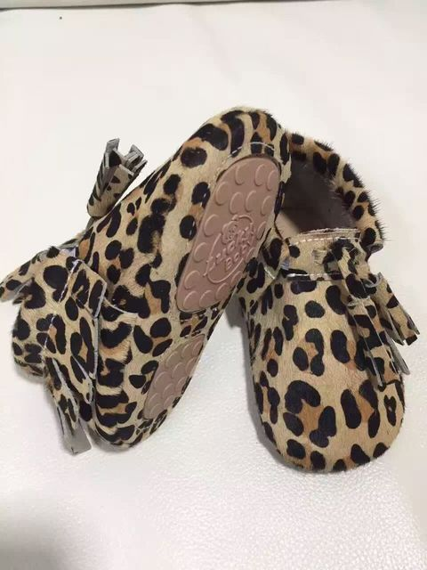 New Top quality leopard Genuine Leather Baby Moccasins shoes Tassel Baby girls dress shoes Newborn First Walker hard sole shoes