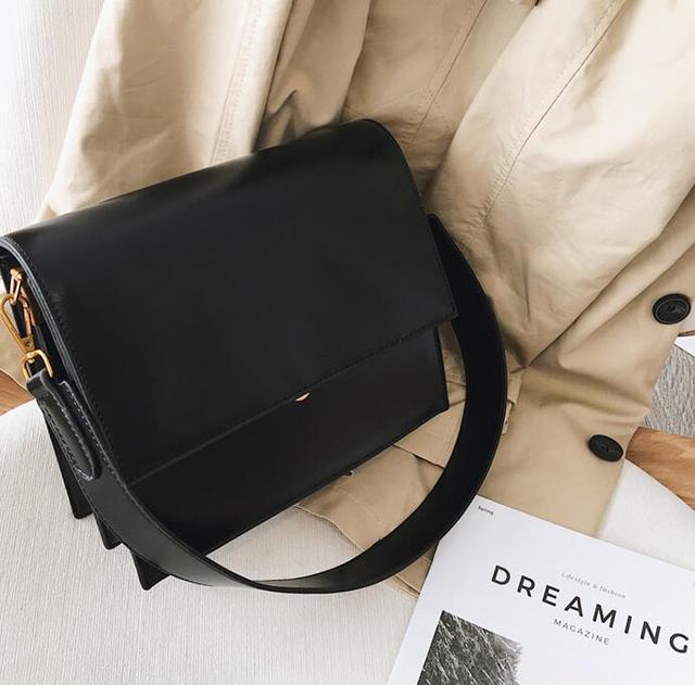 Simple Women's Handbag PU...