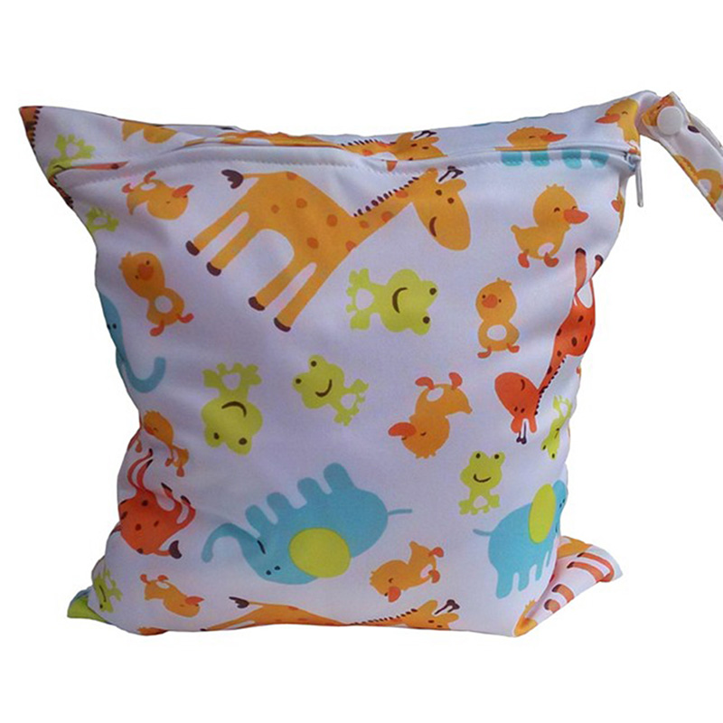 Fashion Useful Diaper Bags Waterproof Reusable Zipper Baby Cloth Diaper Wet Dry Bag Swimer Tote cute baby protable nappy reusable washable wet dry cloth zipper waterproof diaper storage bag random colors