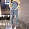 2016 outono distrressed acabamento retro solta de cintura alta calças jeans calças jardineiras feminino