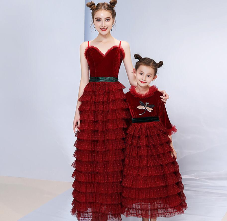 Mãe Vestido de Noiva Meninas Vestidos Filha da Mãe 2019 Verão Jogo Vestido de Festa Olhar Família Mamãe Menina Outfits HW2385 - 4