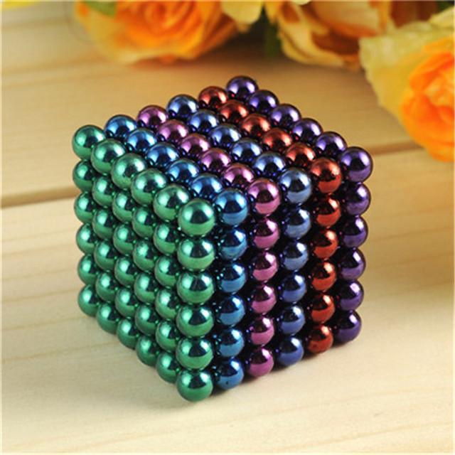 5mm 216 unids Metaballs Bolas Magnéticas Imán Bloque Neo Cubo Mágico Juguetes Rompecabezas Cubo Mágico + Caja de Metal de color + tarjeta De regalo de Navidad