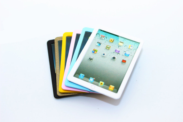Doll House Mini Alloy iPad Toy