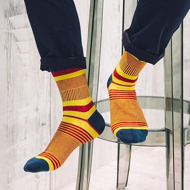 3191911187455d 5 par/partia nowy styl markowe męskie skarpetki moda kolorowe paski Meias  bawełniane skarpety tanie