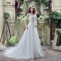 Stock Buttons Appliques Ivory Bridal Dress Wedding Gowns Crystal Beading Sash White Plus Size Wedding Dresses