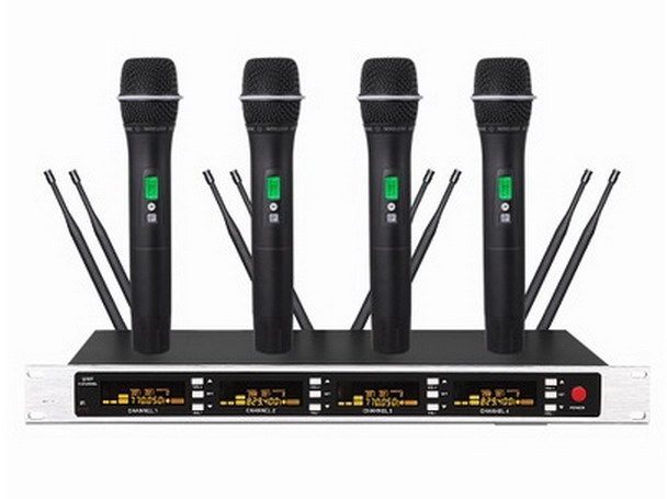 pro 4 black color handheld 4x100ch ture diversity wireless microphone mic system use aa battery. Black Bedroom Furniture Sets. Home Design Ideas